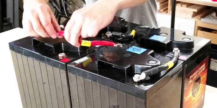 How to Connect Six Volt Batteries To Create a 12 Volt ...
