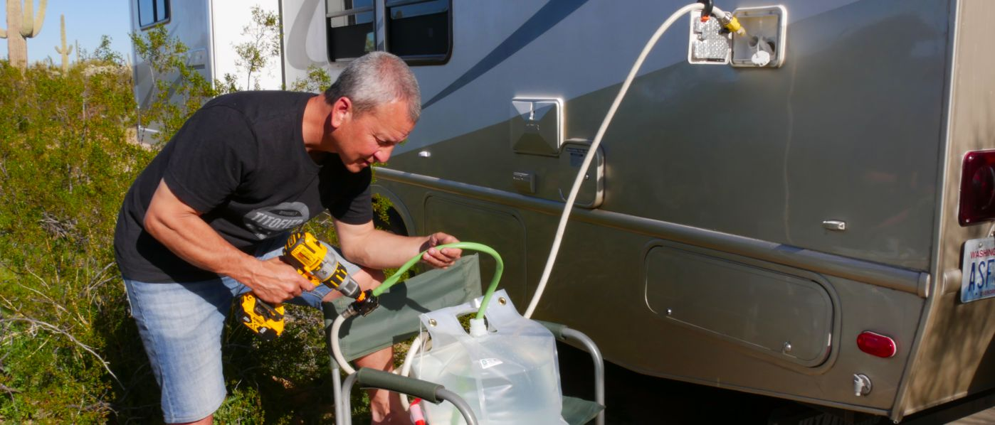 RVWITHTITO - How to Refill RV Fresh Water Tank